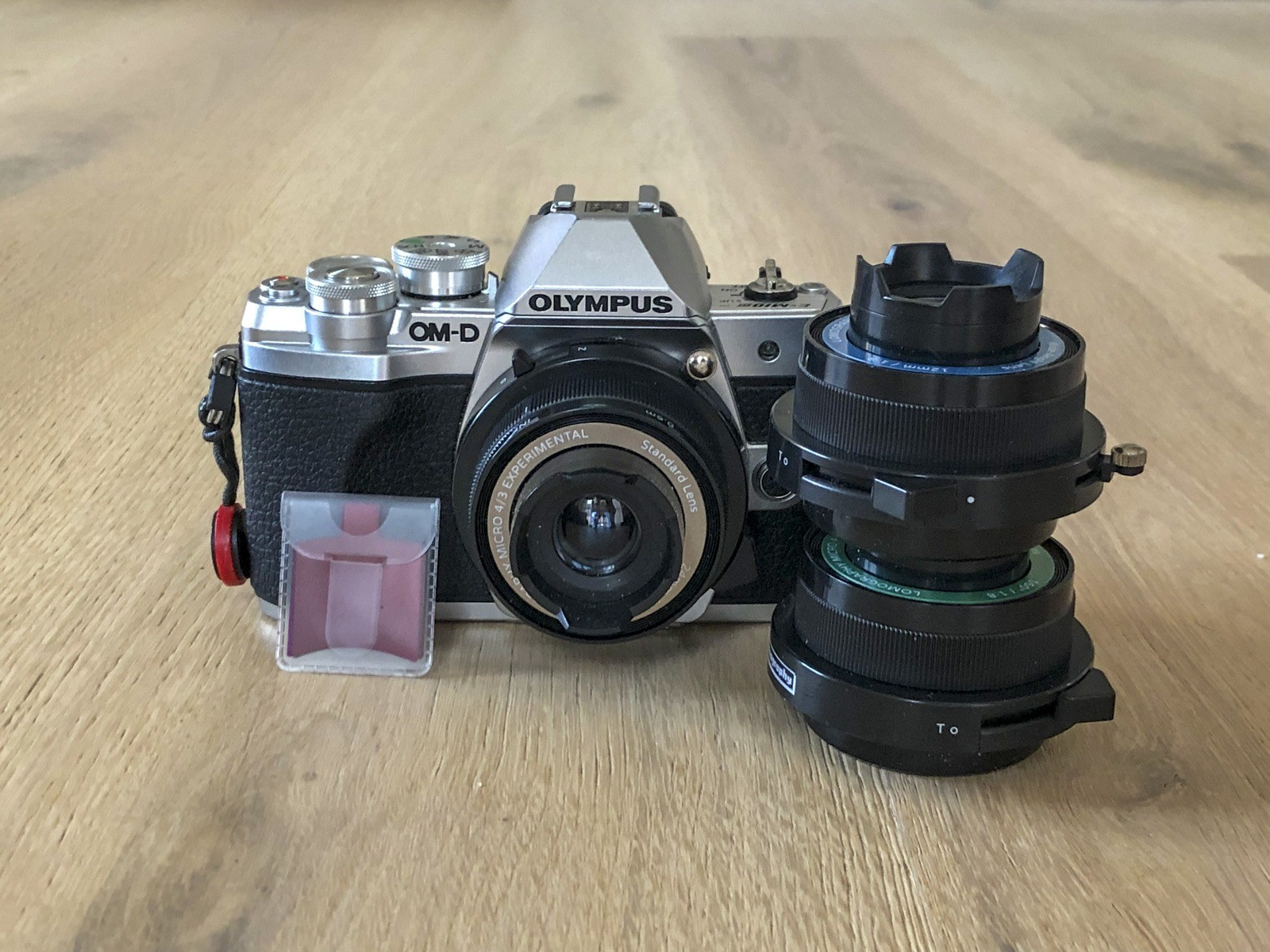 Lomography experimental kit til Micro Four Thirds på Olympus OM-D EM-10 Mark iii